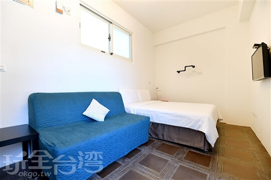 藍洞雅緻雙人房