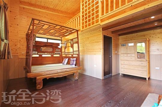 室內營位檜木🏠-古代床體驗屋(2F)