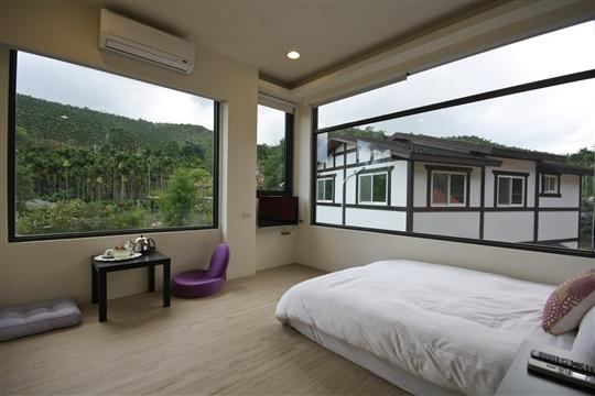 2.景觀雙人房