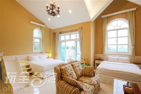 二樓黃色家庭房
