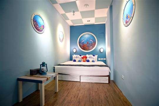 潛水艇之夜2人房(位於3樓/加大雙人床/附浴池)