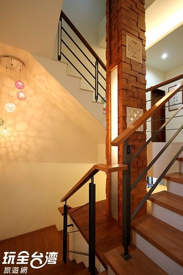 時尚木質階梯