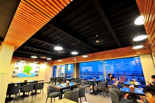 綠堤咖啡館