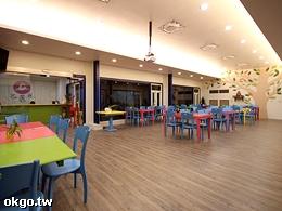 繽紛可愛的餐廳及會議研習場地 (投影機設備)