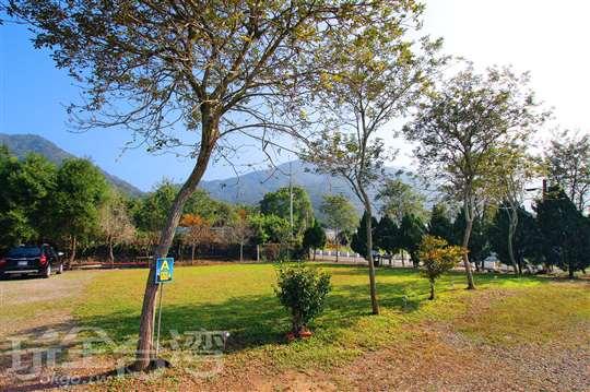 埔里 : 山野星空親子露營區
