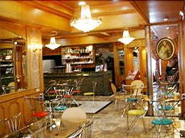 玫瑰咖啡廳