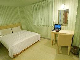 世國大飯店