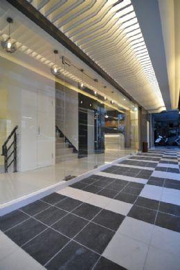 大廳外長廊
