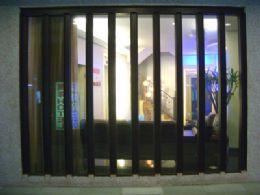 飯店玻璃外觀設計