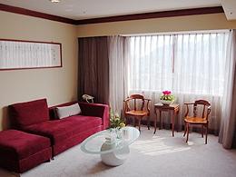 花嫁房內小客廳