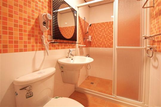 標準4人房衛浴