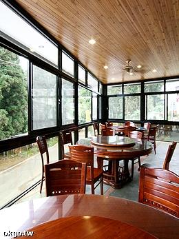 二樓景觀餐廳