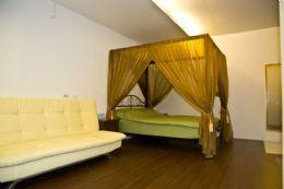 2-2二人房+沙發床