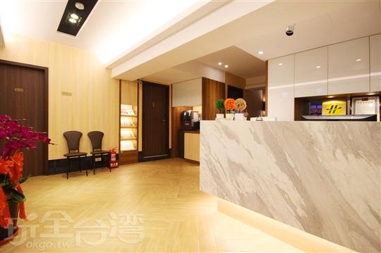 台北西門町捷運站旅館‧豪贊旅店