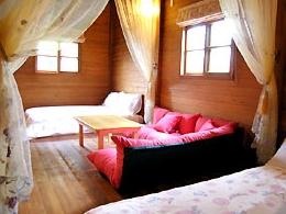 小木屋四人房