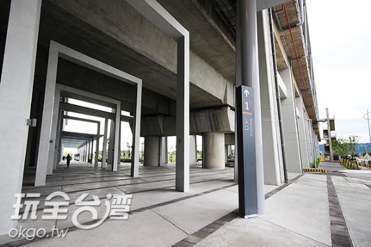 彰化高鐵站-1號出入口