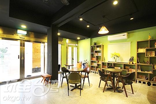 大廳空間 - 用餐/閱讀/閒聊區