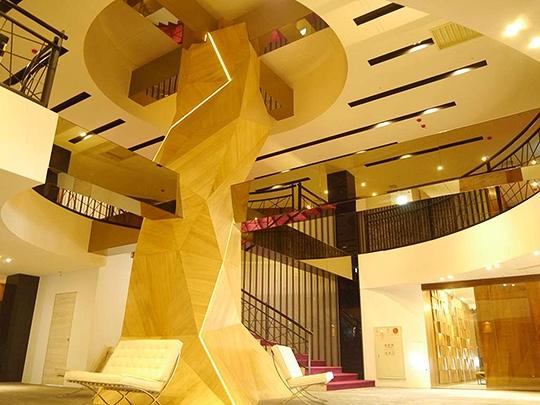 高雄住宿‧高雄樹屋設計旅店(優惠訂房)
