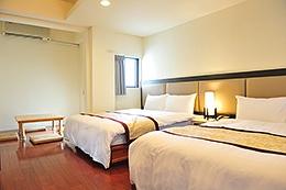 精緻雙床四人房