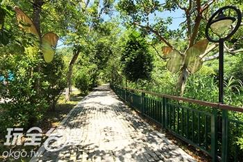 桃米坑溪河濱步道(桃米生態村)