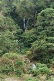 水雲瀑布與巨石谷